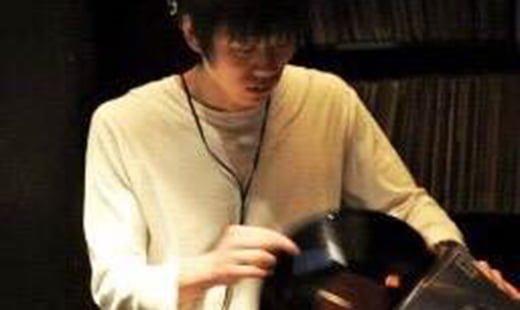 DJ TORU.